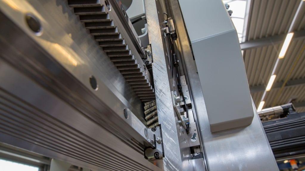 Fabrikautomatisierung für CNC-Drehmaschinen zur Steigerung der Produktivität