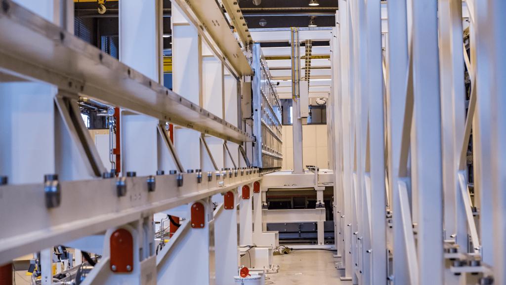 Erhöhen Sie die Fertigungsproduktivität mit flexiblen Fertigungssystemen (FFS) für vertikale Paletten.