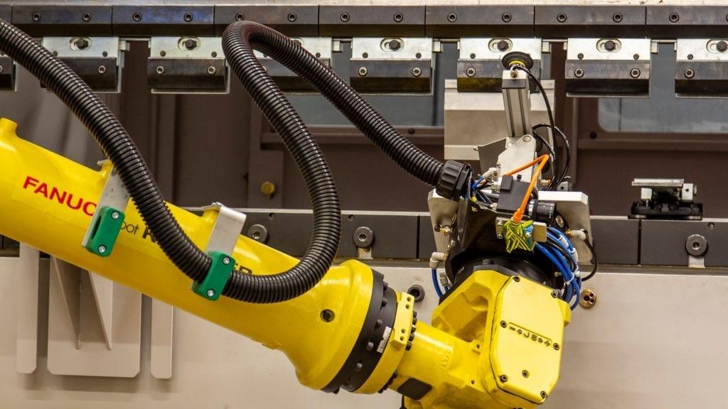 Hochvolumige Fertigung zur Steigerung der Produktivität von CNC-Werkzeugmaschinen