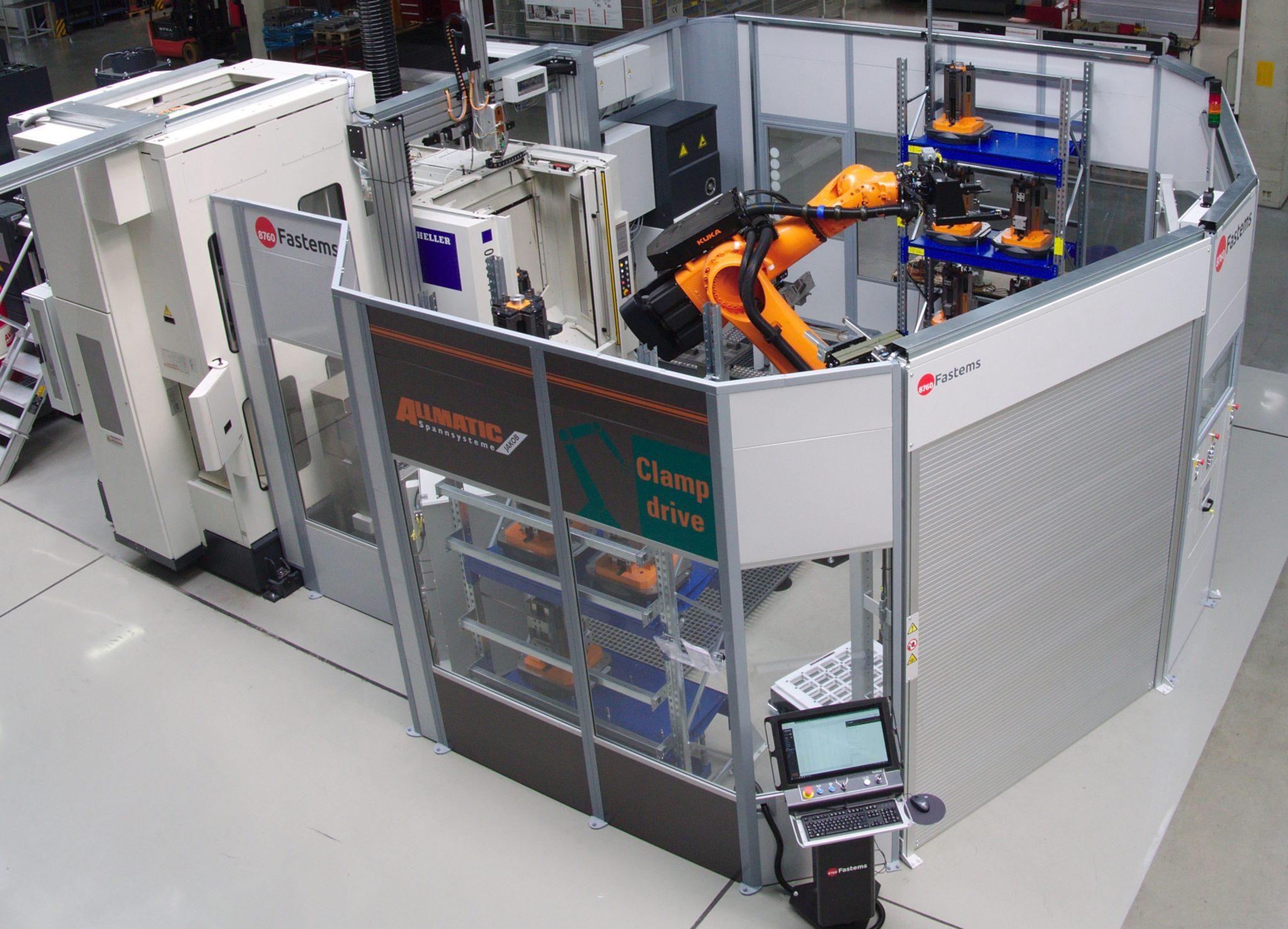 Die seit 2018 in Betrieb befindliche Roboterzelle bei ALLMATIC ist bis dato einzigartig und verfügt über einige Besonderheiten.